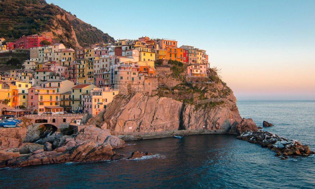 Visit Italy romantic city